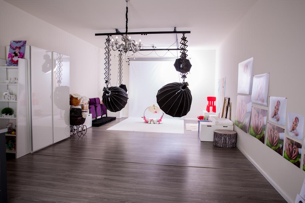 Studio / Sets